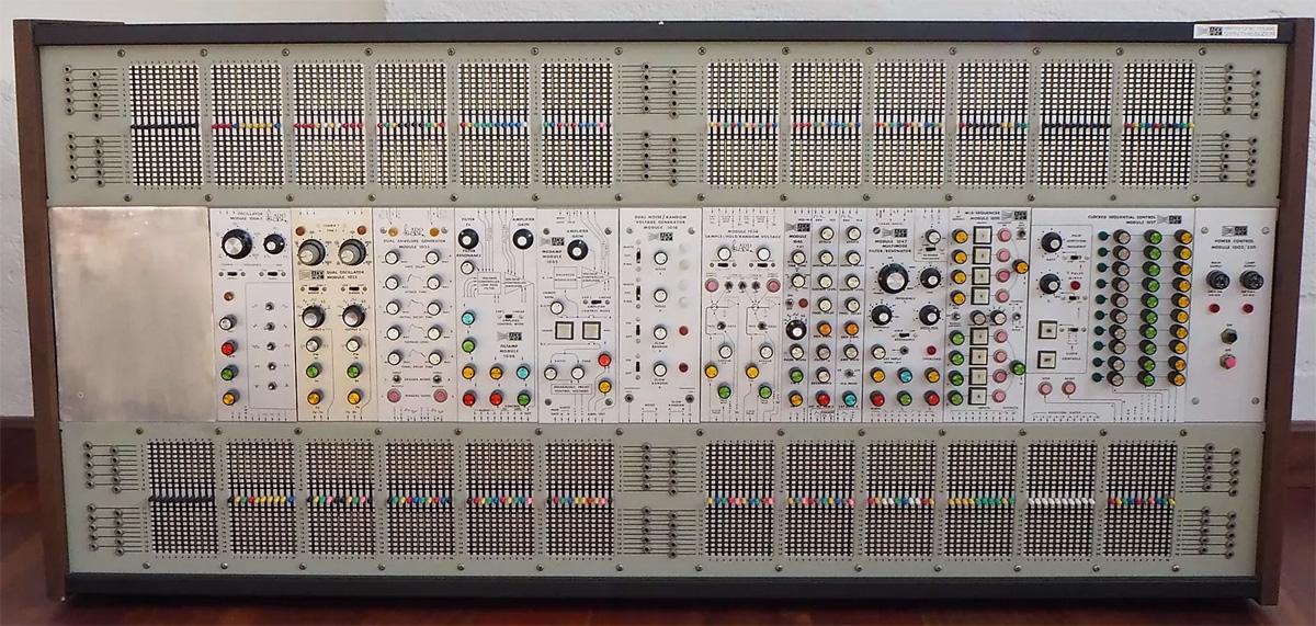 ARP 2500 Rack Modular @ AMSynths